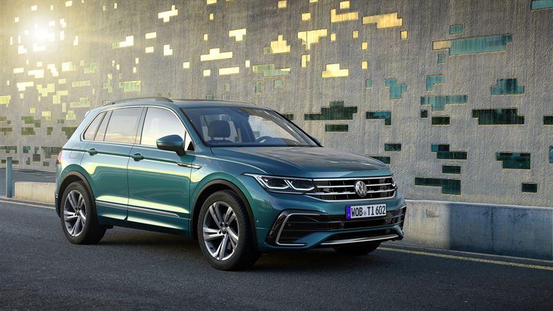Euroopan myydyin SUV uusiutuu – uudistunut Volkswagen Tiguan sähköistyy ja tarjoaa lisää dynaamista suorituskykyä