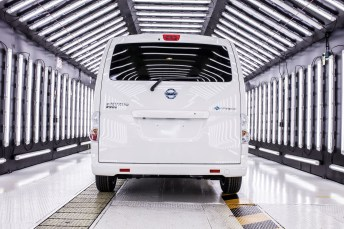 Nissan begins deliveries of new extended-range zero emission e-NV200 van to global markets