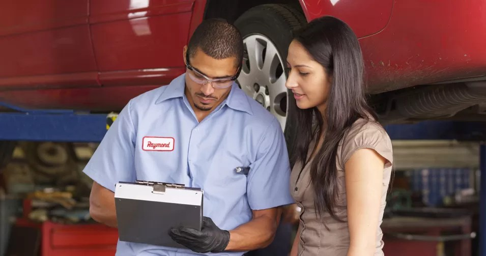 3 Tips For Enhancing Your Automotive Service Advisor Career