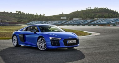 "Audi R8 es coronado como ""World Performance Car 2016"""