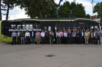 Volvo Buses recibe a futuros operadores de Mexibús