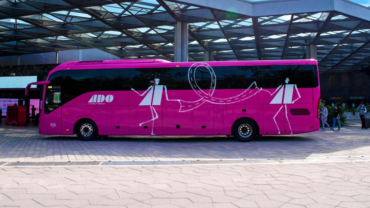 Ofrece Caravana Rosa ADO mil 400 mastografías gratuitas