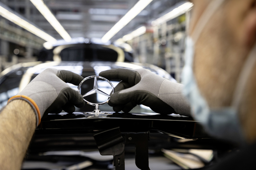 Bolsas de Aire sumamente importantes para Mercedes-Benz y Heron Preston