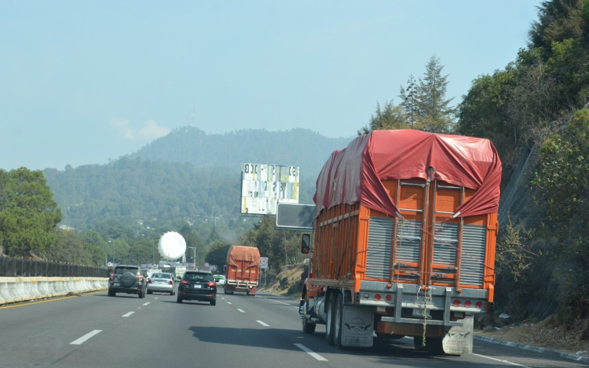 Más de mil millones de toneladas de mercancías se mueven por la Red Carretera Federal