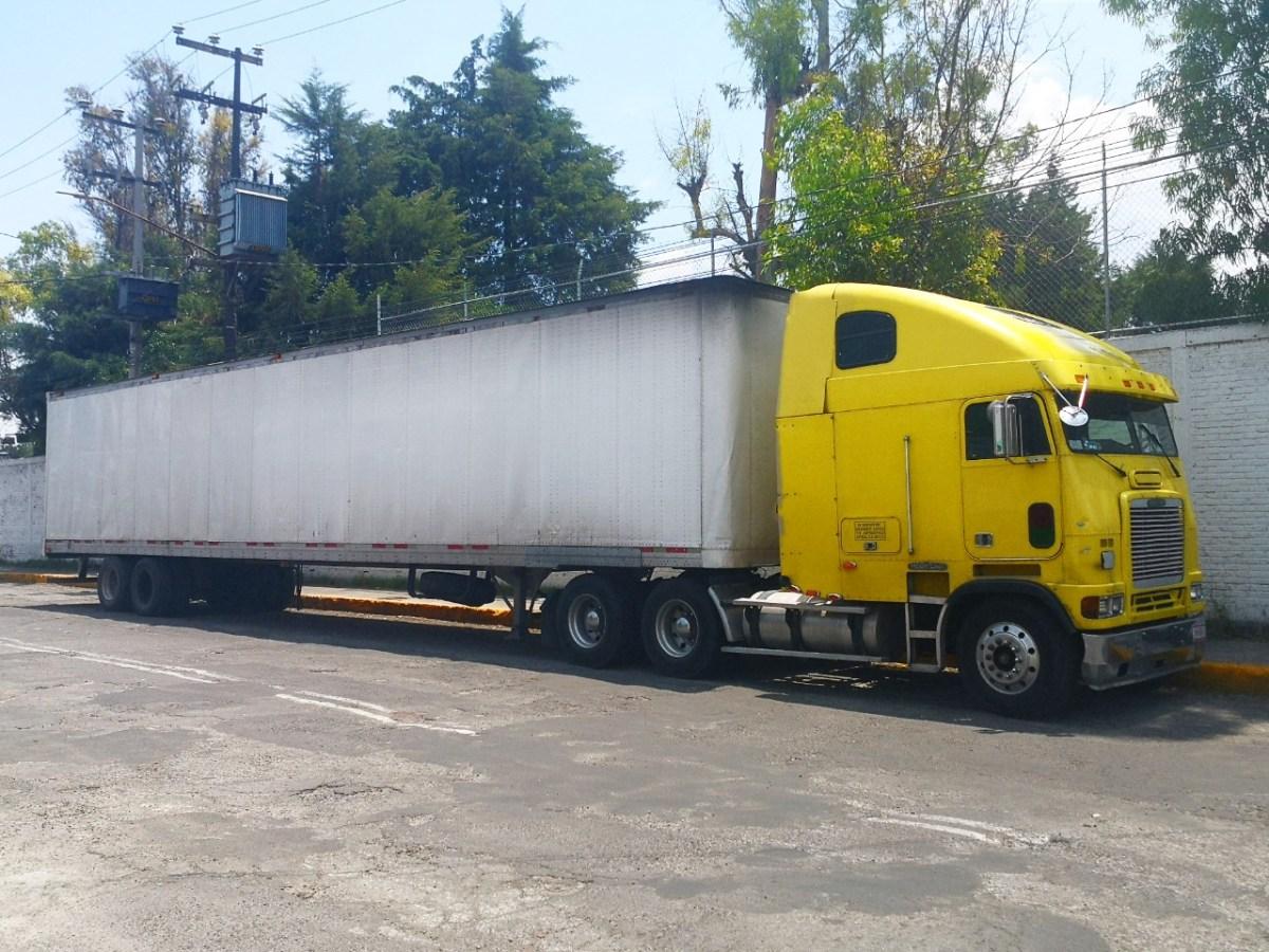 Siete de cada 10 camiones, por arriba de los 10 años de antigüedad