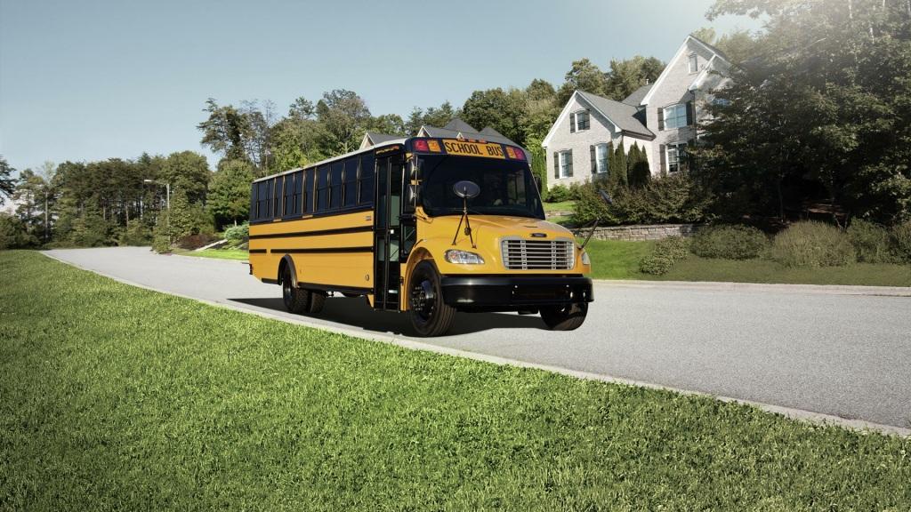 Por la pandemia, autobuses escolares se diversifican en EUA
