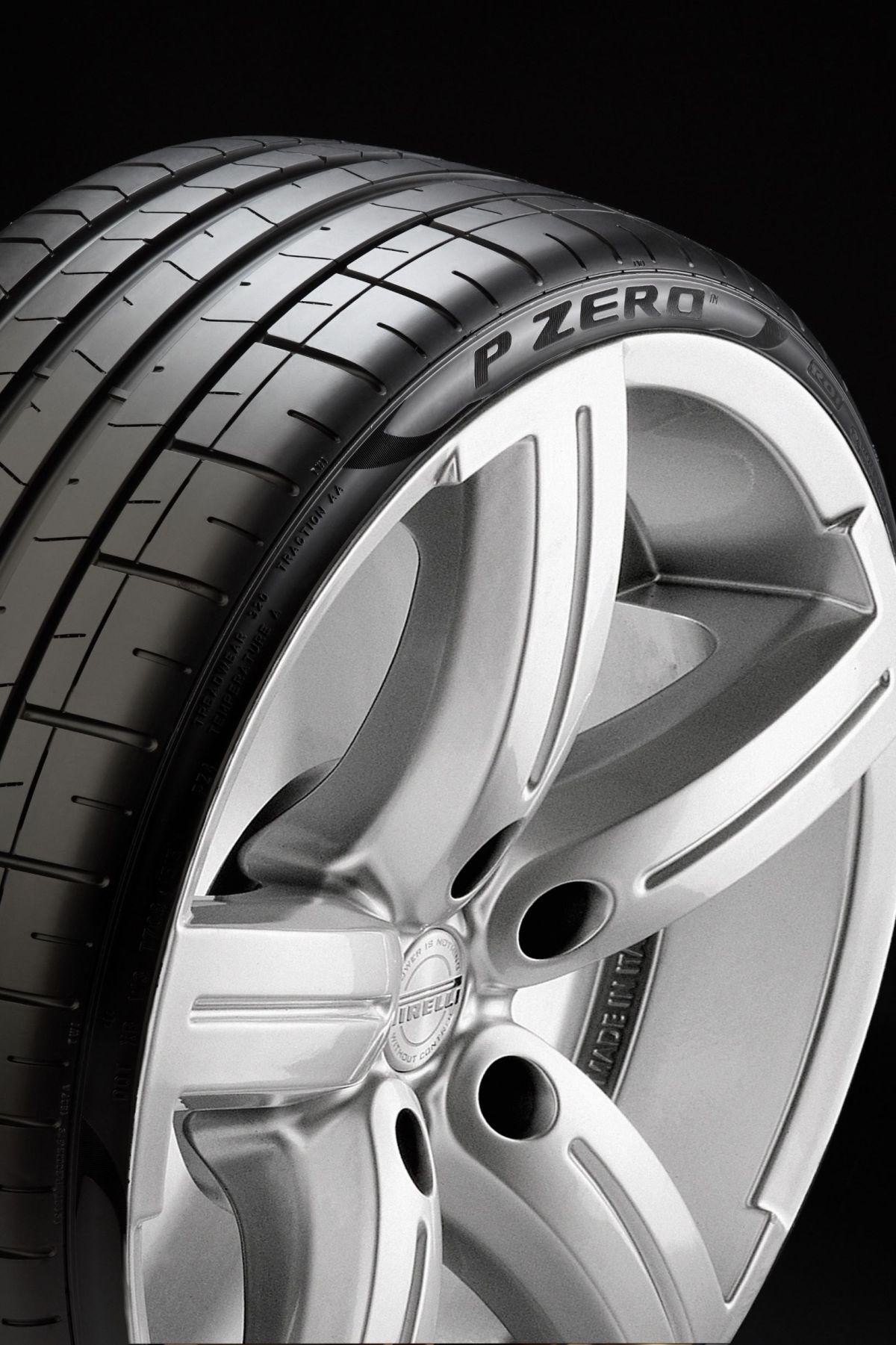 Últimas versiones del BMW Serie 8 incorporan llantas Pirelli