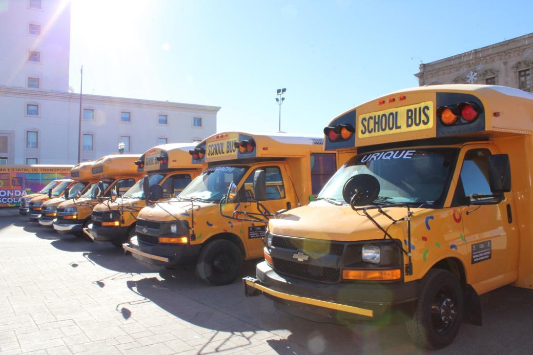 Adquiere Gobierno de Chihuahua 234 unidades para transporte escolar