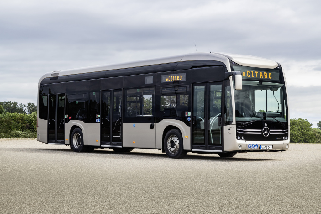 Mercedes Benz Autobuses presenta fórmula para la movilidad eléctrica