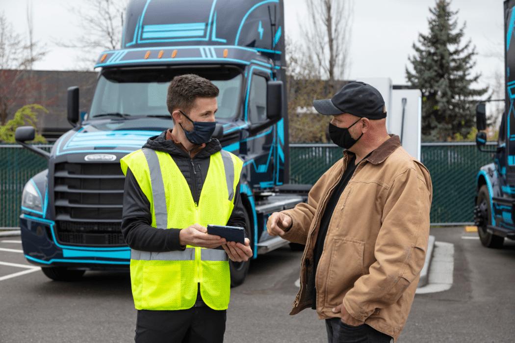 Daimler Trucks lanza productos y servicios Detroit para camiones eléctricos en Norteamérica