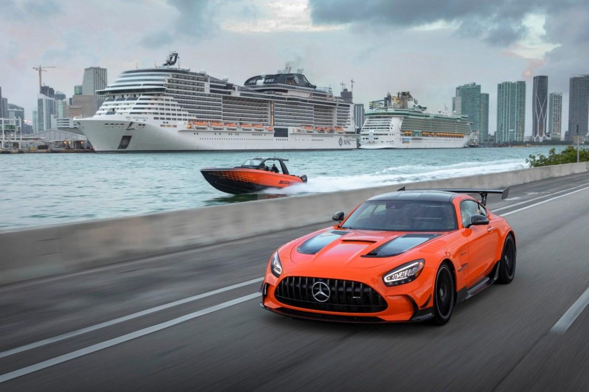 Mercedes-AMG y Mercedes-Maybach navegan con tecnología y lujo