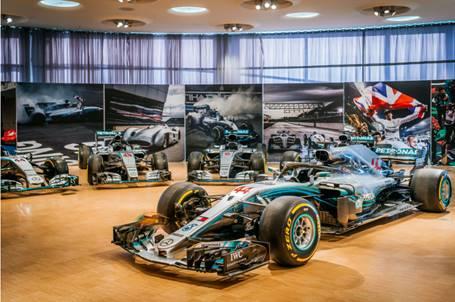 Reabre Museo Mercedes-Benz exposición permanente al público
