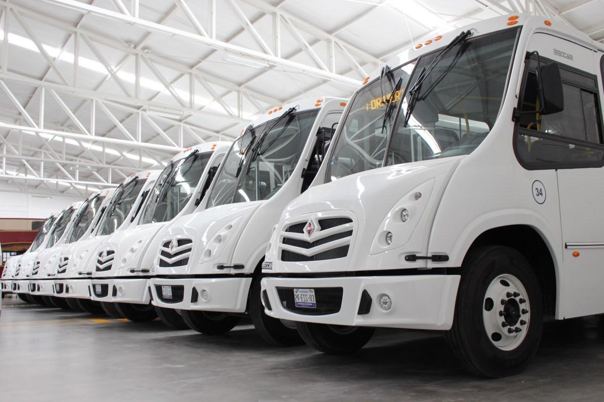Adquiere Grupo Drivers 30 autobuses International 4700 SCD