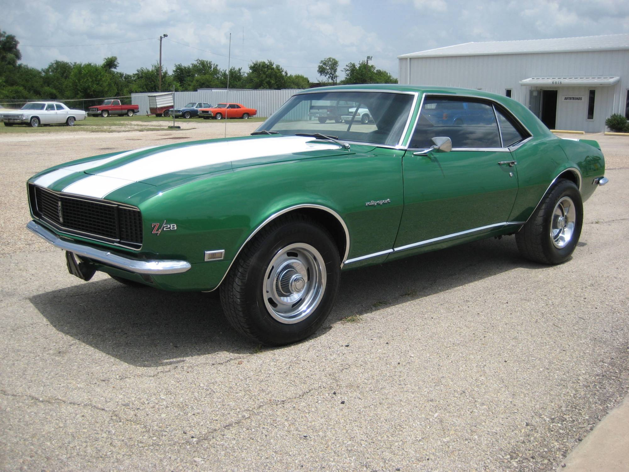 hight resolution of 1968 camaro rally sport with hide a way headlights 350 v8 4 speed muncie 12 bolt rearend mild cam aluminum 4v intake headers w dual exhaust