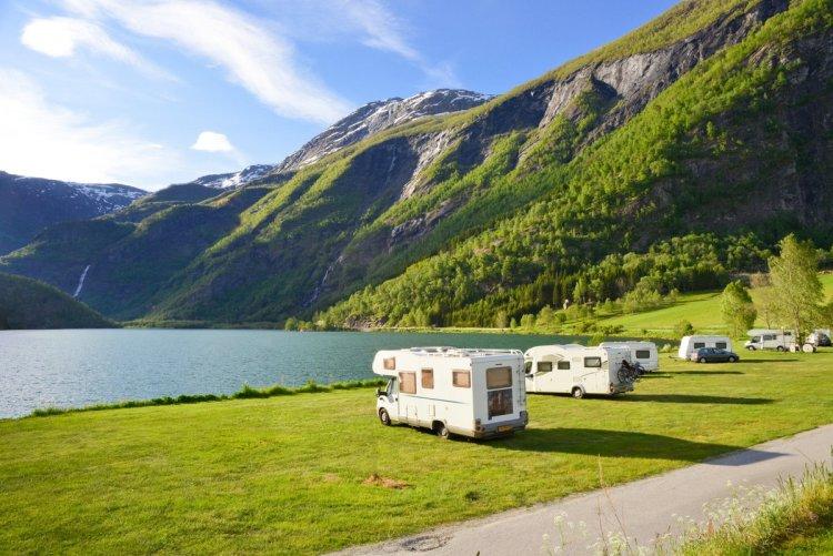 Urlaub mit dem Wohnmobil. Foto: ADAC SE / Fotolia