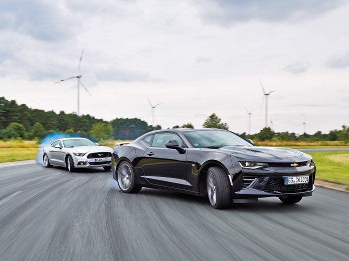 Chevrolet Camaro 6 2 V8 Ford Mustang Gt 2016 Test Autozeitung De