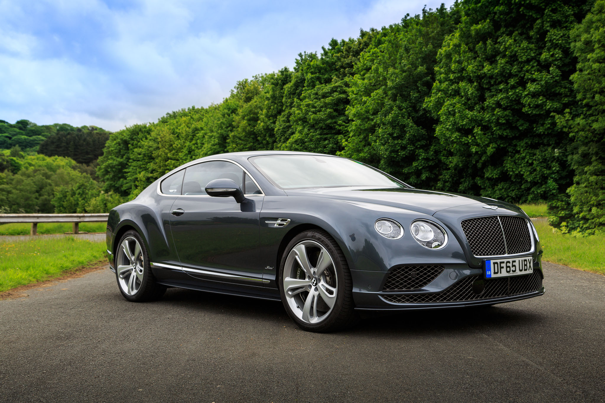 2016-Bentley-Continental-GT-Speed-Coupe-12