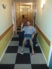 dans cet hôtel bon marché à Göteborg mais très très moyen le wifi ne captait pas dans la chambre :)