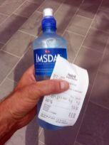 plus de 2€50 la petite bouteille d'eau, on a pas le même pouvoir d'achat