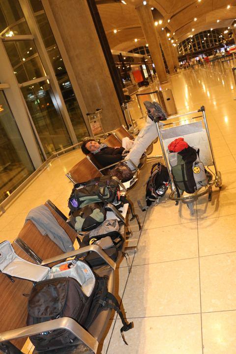 attendant notre vol du retour en France