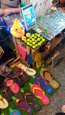 sur l'immense marché de nuit de Chiang Mai