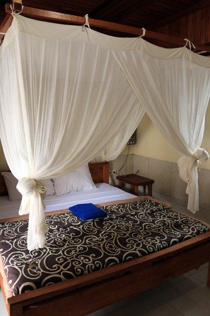 ma chambre à dans le balé (maison) de Rana à Keliki