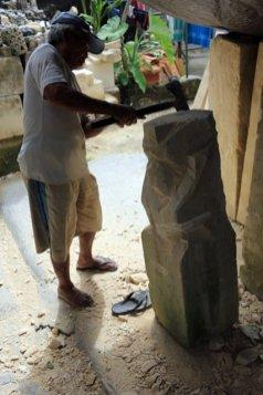 tailleur de pierre à Mas près d'Ubud