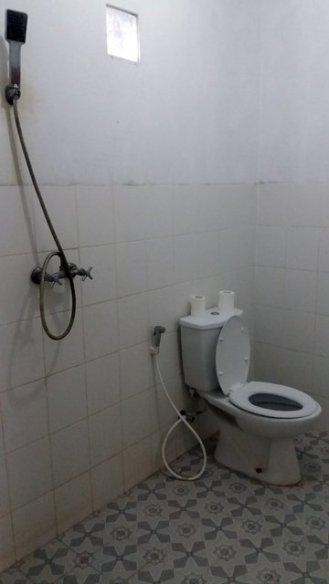 ma chambre à Kuta Lombok, du moins les toilettes