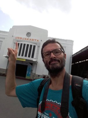 la gare de train de Yogja