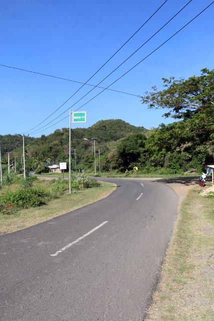 sur la route vers la place de Mawun