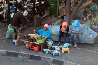 les gens de Yogyakarta marché de Sukawati (Java ~ Indonésie 2017)