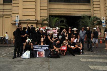 Avec mes nouveaux amis activistes végétariens près du Mercadao - Sao Paulo Municipal