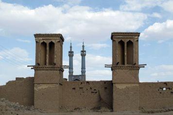 depuis la vielle ville de Yazd - l'autre ailleurs en Iran, une autre idée du voyage