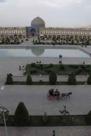 depuis la terrasse du palais d'Ali Qapu à Ispahan - l'autre ailleurs en Iran, une autre idée du voyage