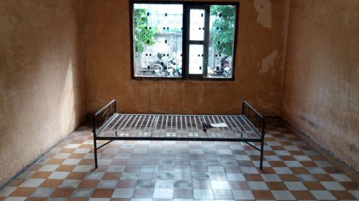 Musée du génocide Toul Sieng ou camp S-21 , une chambre de torture - L'autre ailleurs au Cambodge