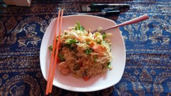 nouilles aux crevettes pour 3$ à Siem Reap - L'autre ailleurs au Cambodge
