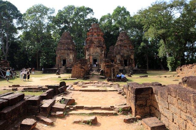 temple Bakong accessible en scooter électrique depuis Siem Reap