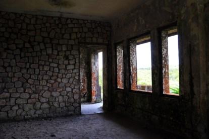vieux bâtiment royal dans le parc national de Bokor près de Kampot