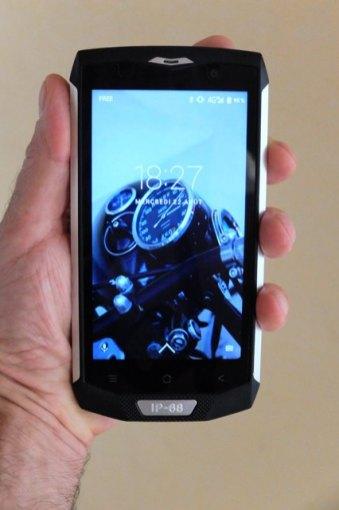 Mon smartphone, le Blackview BV 8000 Pro - l'autre ailleurs, une autre idée du voyage