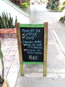 Déjeuner au Ruta Burge à Cali avec Patrick, et Rafaël - l'autre ailleurs en Colombie, une autre idée du voyage