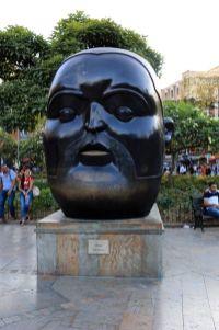 place Botero à Medellín - l'autre ailleurs en Colombie, une autre idée du voyage