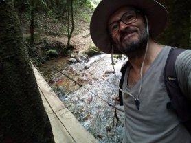 je joue l'Indiana Jones dans la vallée de Cocora - l'autre ailleurs en Colombie, une autre idée du voyage