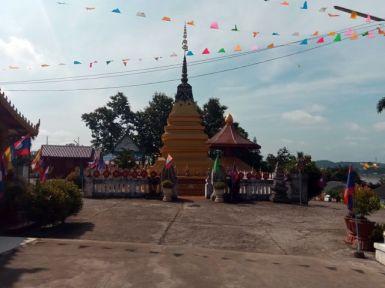 Un temple à Houy Xai au Laos - l'autre ailleurs, une autre idée du voyage