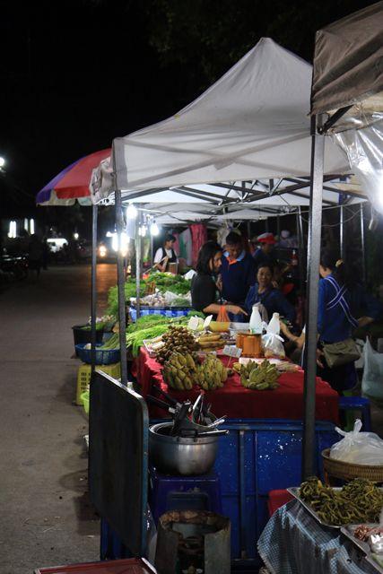 le soir à Chiang Rai - l'autre ailleurs, une autre idée du voyage