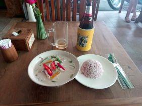 mon premier curry vert au fruits de mer, un régal !!!!! à Chiang Mai - l'autre ailleurs, une autre idée du voyage