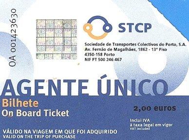 Ticket de bus pour aller du centre de Porto vers l'aéroport : 2€ - l'autre ailleurs à Porto, une autre idée du voyage