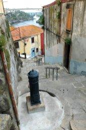 ça monte et ça descend à Porto - l'autre ailleurs à Porto, une autre idée du voyage
