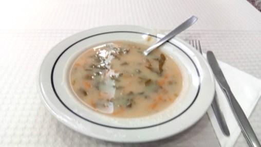 soupe de légumes (menu à 6€) au café Moreda - l'autre ailleurs à Porto, une autre idée du voyage