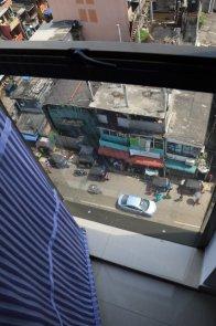 la vue depuis la fenêtre de ma chambre d'hôtel à Colombo, vertige s'abstenir - l'autre ailleurs au Sri-Lanka, une autre idée du voyage