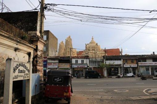temple hindou dans la partie ville moderne de Galle - l'autre ailleurs au Sri-Lanka, une autre idée du voyage